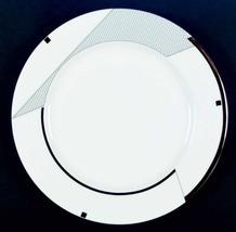 MIKASA HL 602 GEOMETRY GOLD 20 Piece Dinnerware SET FOR 4 BONE CHINA WHITE/BLACK - $149.40