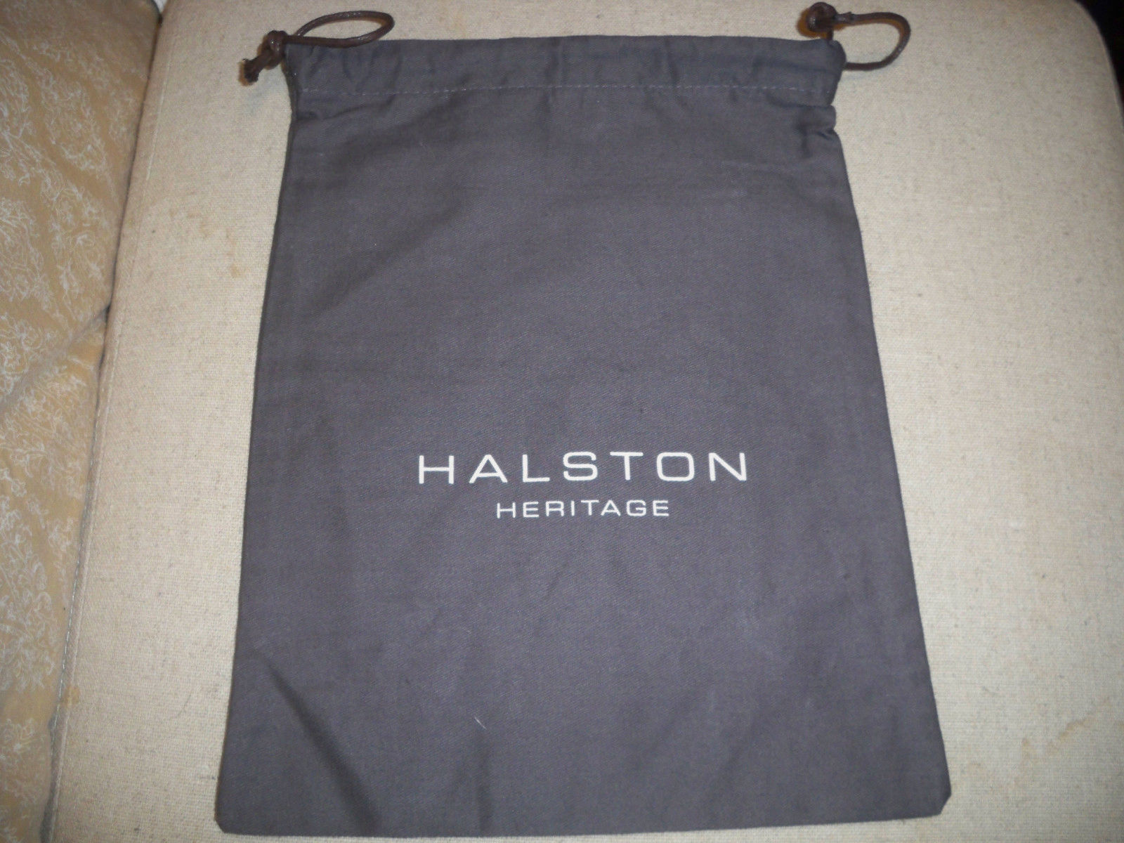 Primary image for HALSTON HERITAGE NEW DUST BAG  9x11 Draw string Bag