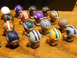 NFL FOOTBALL QUARTERBACKS TEENYMATES FIGURES SERIES 1 -  PICK YOUR FOOTBALL TEAM image 4