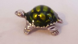 ".75"" SILVERTONE ENAMELED GREEN TURTLE CHARM FOR BRACELET, HEART HALLMARK - $4.94"