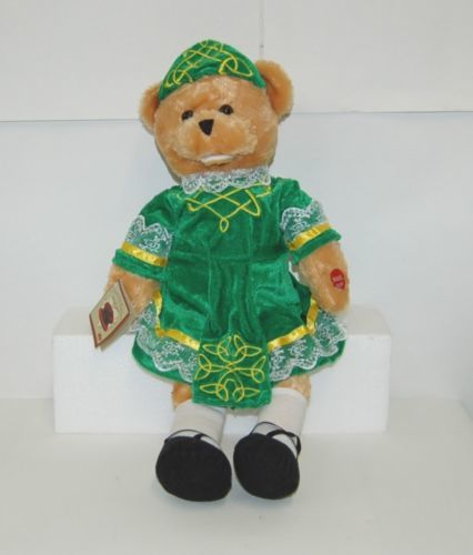 Chantilly Lane Shannon G1200 Irish Singing Bear Traditional Dance Dress 19 Inch