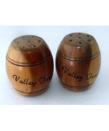 Salt Pepper Shakers Wood Barrels Valley Forge PA 1940s Vintage Souvenir ... - $14.84