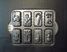 Entenmann's 8 Cavity Christmas Shortbread Pan Mini Loaf Brownie Holiday ... - $18.70