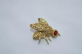 Vintage Napier Gold Tone Rhinestone ''WASP'' Pin Brooch RED Stone Eye - $9.46