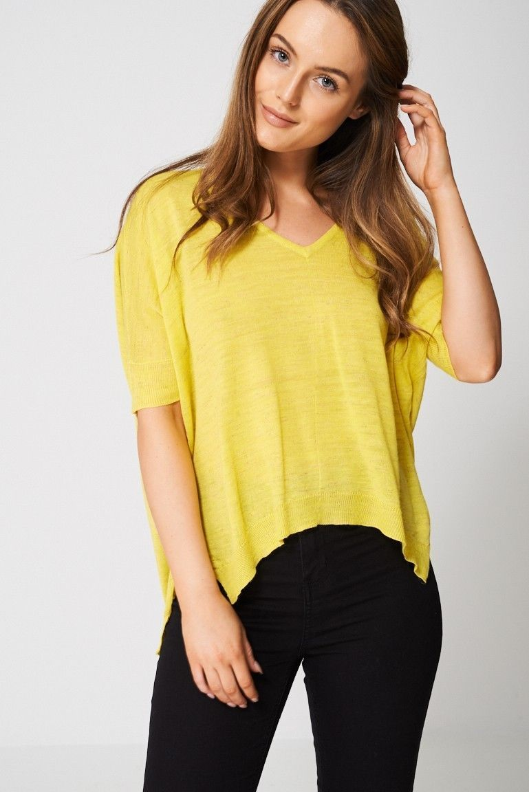 Knitted Top In Yellow Sizes : 6, 8, 10, 12, 14, 16, 18 Brand New