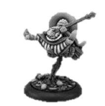 28mm Discworld Miniatures: Nanny Og on broom (1)