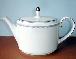 Vera Wang Wedgwood Grosgrain Teapot Indigo on White Large New - $109.90
