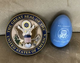 TRUMP WHITE HOUSE 2018 EASTER BLUE EGG Signature + EAGLE SEAL MAGNET = 2 pc - $15.24