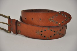 "Women's FOSSIL Brown Leather Belt Brass Rivets Diamonds Size Medium 33""-37"" image 2"