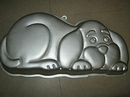 Wilton Puppy Hound Dog Cake Pan (2105-2430, 1986) - $19.35