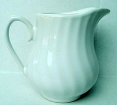 "Royal Norfolk White Creamer Pitcher 4"" white dw mw safe - $16.68"