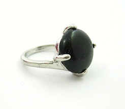 BLACK AGATE Cabochon RING Vintage  Prong Set Circle Round  Silvertone Si... - $14.99