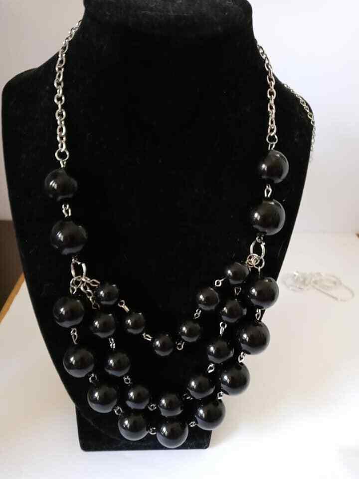 Paparazzi Triple Black Bead Necklace w/ Earrings new - $3.00