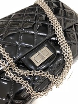AUTHENTIC CHANEL REISSUE 227 BLACK PATENT LEATHER JUMBO CLASSIC FLAP BAG SHW image 4