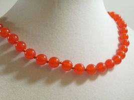 TRIFARI CORAL Color Beads Choker Necklace Hand Knotted Strand Orange Vintage  image 4