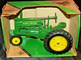 ERTL John Deere Die-cast 1934 Model A Tractor 1:16 Scale AA20-JD2084
