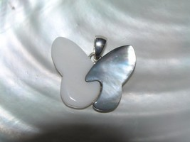 Estate White Plastic and Gray Abalone BUTTERFLY Silvertone Pendant – 1 x... - $9.49