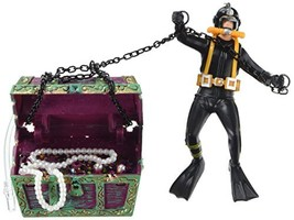 Penn Plax Aquarium Decoration With Moving Treasure Chest, Floating Diver... - $19.79
