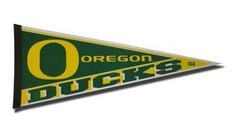 Oregon Ducks Pennant 12x30 Carded Rico**Free Shipping** - $13.15