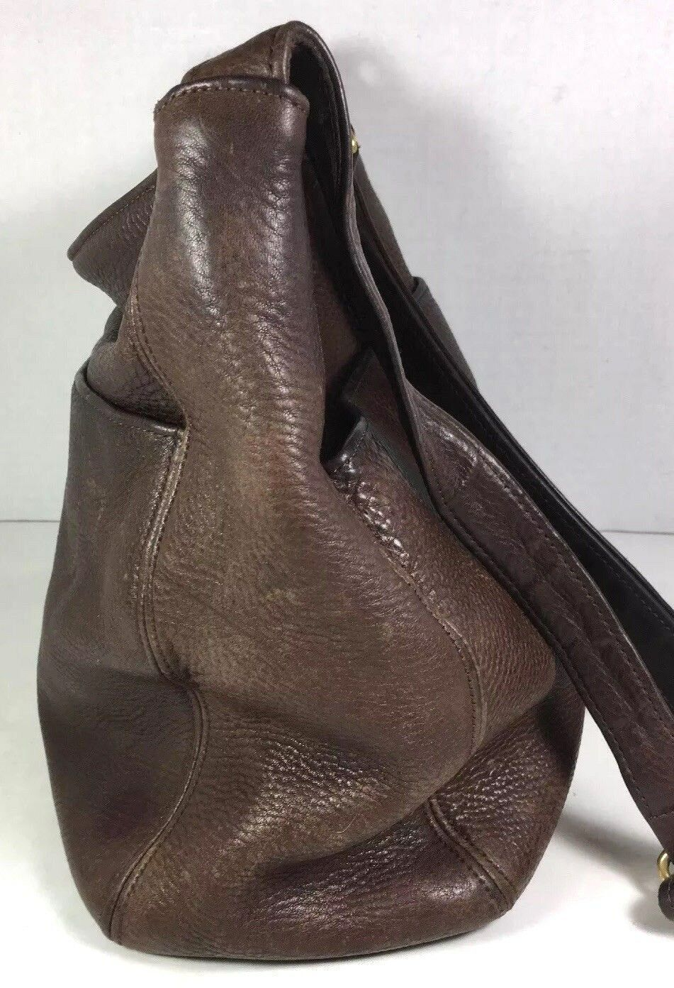 Coach Vintage Brown Leather Shoulder Bag-DISTRESSED-WELL WORN