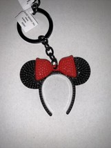 New Disney Parks Minnie Mouse Ear Headband Black With Red Bow Metal Keychain - $9.49