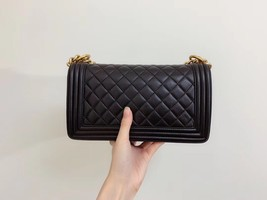 AUTHENTIC CHANEL LE BOY BLACK QUILTED LAMBSKIN MEDIUM FLAP BAG GHW image 7
