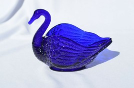 Imperial Glass Cobalt Blue No 27/147 Swan Dish - $17.82