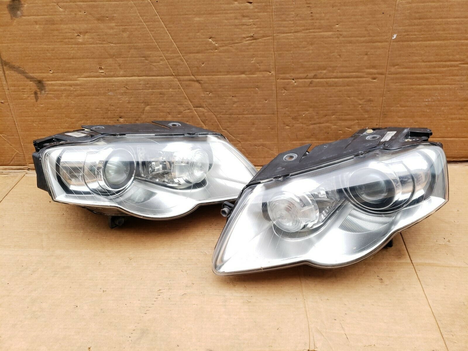 06-10 Volkswagen Passat Afs HID Xenon Headlight Head Lights Lamps Set L&R