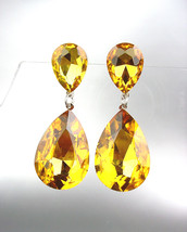 GLITZY Golden Brown Czech Crystals Bridal Queen Pageant Prom Earrings 2631  - $21.99
