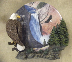 """Hamilton Collection Wings Of Freedom """"Noble Watch"""" Framed Plate #022287 - $24.75"""