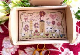 Busy Bees Stitching Tray Kit cross stitch kit Shepherd's Bush - $24.00