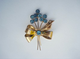 Coro Jewelry Brooch Designer Signed Ameythst Rhinestones Vermeil Gold Tone 00233 - $48.00