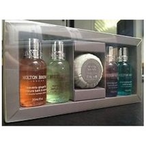 Molton Brown - The Essential Body and Shower Gift Set - $507,90 MXN