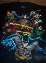 Vintage Style Justice League Superman Aquaman Batman Dc Comics T-Shirt Medium - $19.80