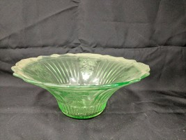 VINTAGE GREEN VASELINE GLASS LARGE SERVING FRUIT DECORATIVE BOWL DISH TA... - $74.24