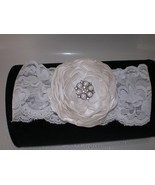 BABY GIRL IVORY HEADBAND WITH HANDMADE IVORY SA... - $10.00