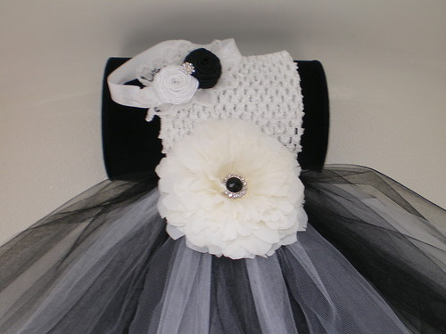 BABY GIRL LONG BLACK & WHITE TUTU PHOTO PROP DRESS WITH BEAUTIFUL HEADBAND