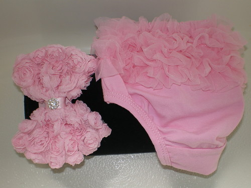 BABY GIRL SMALL PINK RUFFLE BLOOMERS WITH MATCHING HEADBAND PHOTO PROP