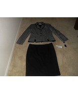 Le Suit St Tropez New Black/White Contrast Trim 2PC Skirt Suit  10  $200 - $48.99