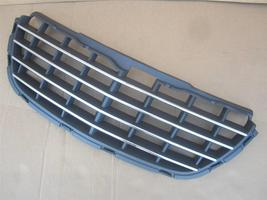 OEM 2004-2006 Chrysler Pacifica Chrome Front Grille Grill Radiator Core Support - $48.00