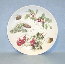 Marjolein Bastin Winter Decorative Plate 1995 Anemone Holly Pine - $6.99