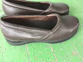 Propet walking shoes size 10 .5 - $29.00