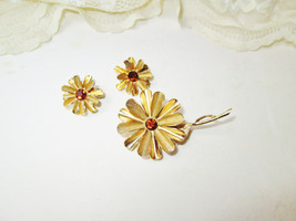 Gold Flowers Topaz Rhinestones Brooch Earring Jewelry Set Vintage Demi P... - $29.00