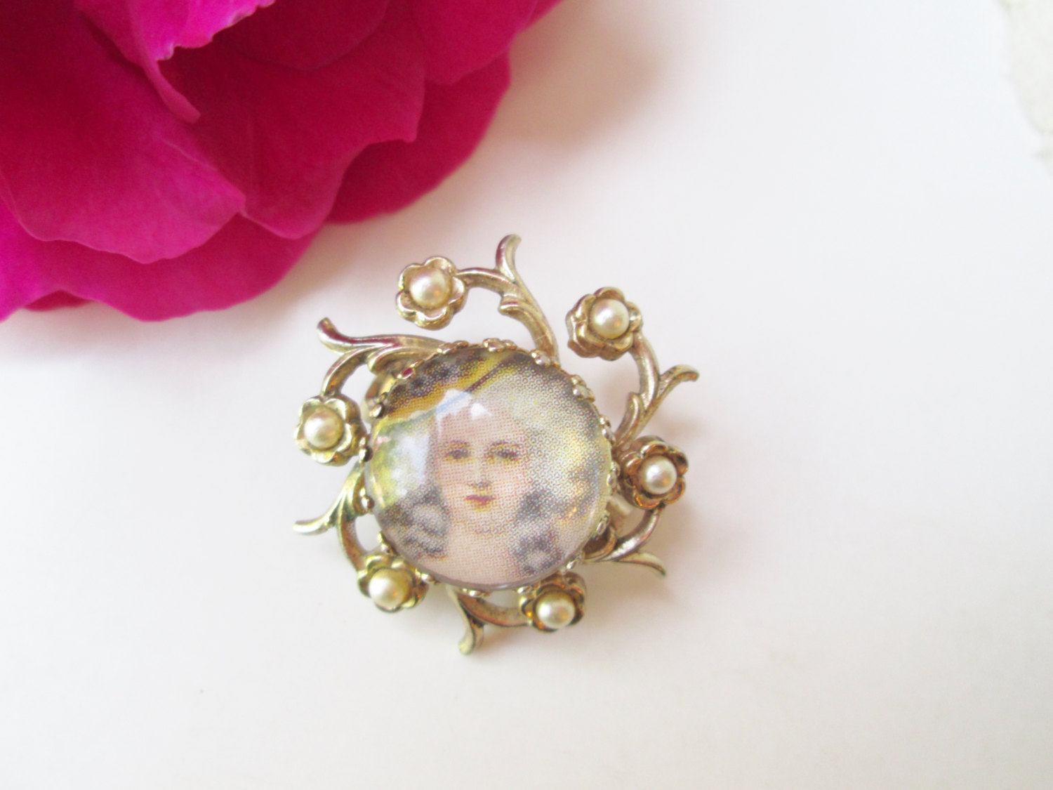 Coro Marie Antoinette Brooch Vintage Cameo Pin Gold w Pearls Dot Style Portrait