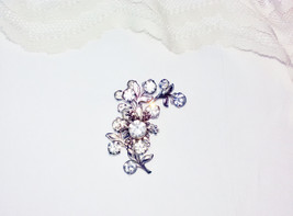 Juliana Clear White Crystal Rhinestone Flower Brooch Vintage Flower Bouquet Pin  - $28.00