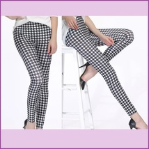 Houndstooth Black n White Plus Size Stretch Faux Latex Mid Waist Leggings  image 2