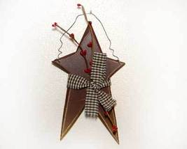 Primitive Country Burgundy Star and Berries - $5.00