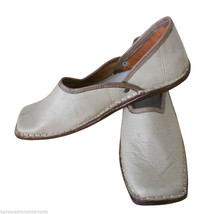 Men Shoes Indian Handmade Traditional Leather Flip-Flops Mojari Flat US 8 - $34.99