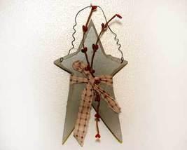 Primitive Country Sage Green Star and Berries - $5.00