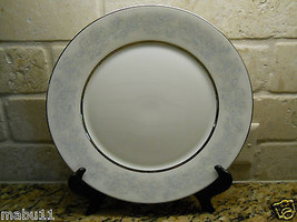 "Lenox Oxford Twilight Dell 10 5/8"" Dinner Plate Excellent blue gray floral - $15.79"